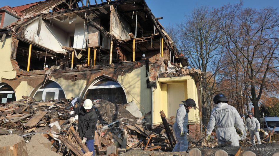 Haus in Trümmern: Hier hatten Zschäpe, Böhnhardt und Mundlos zuletzt gewohnt