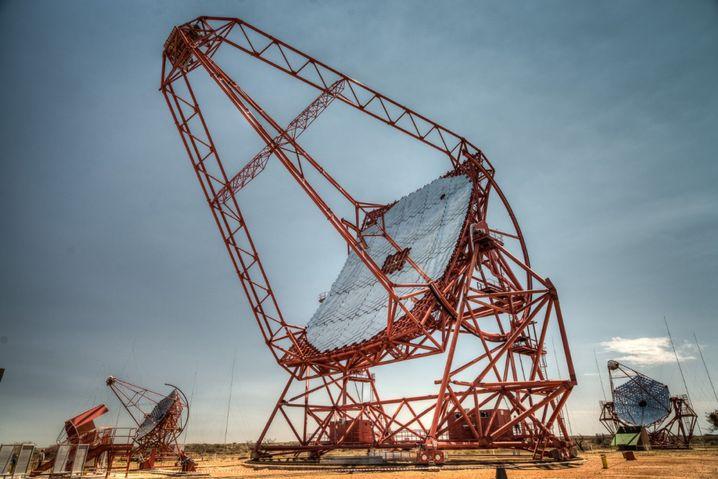 Zentrale Einheit des H.E.S.S.: 614 Quadratmeter Spiegelfläche gen Himmel gerichtet
