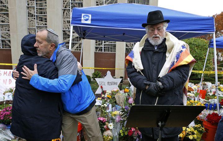 Kein Einzelfall: Trauerfeier nach dem Attentat auf eine Synagoge in Pittsburgh im August 2018