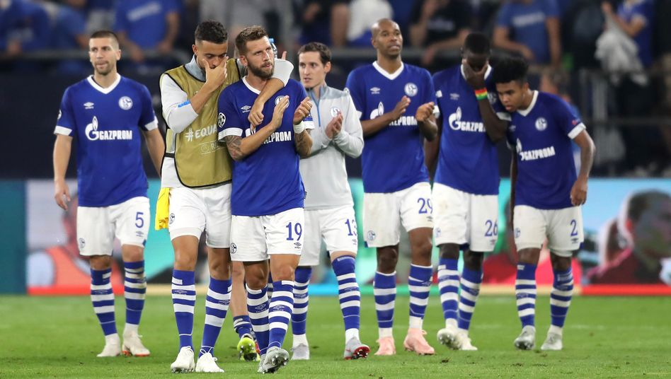 Schalke-Profis nach dem Porto-Spiel