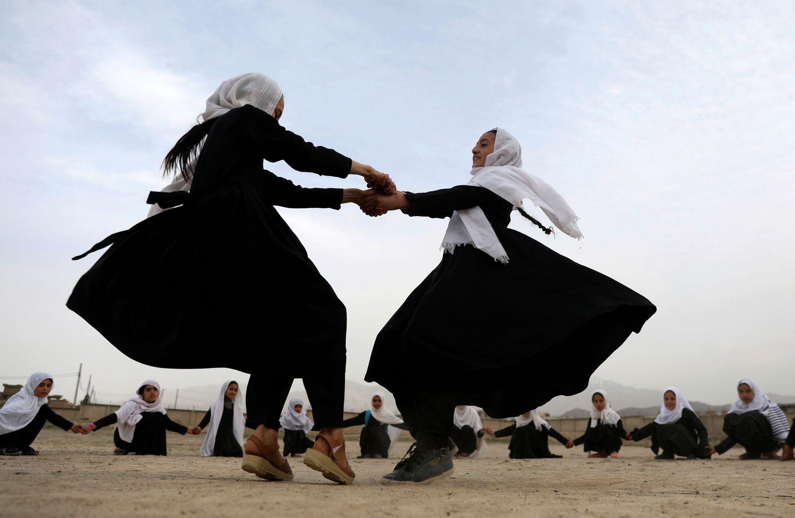 APTOPIX Afghanistan Schools