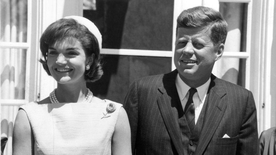 Jackie und John F. Kennedy
