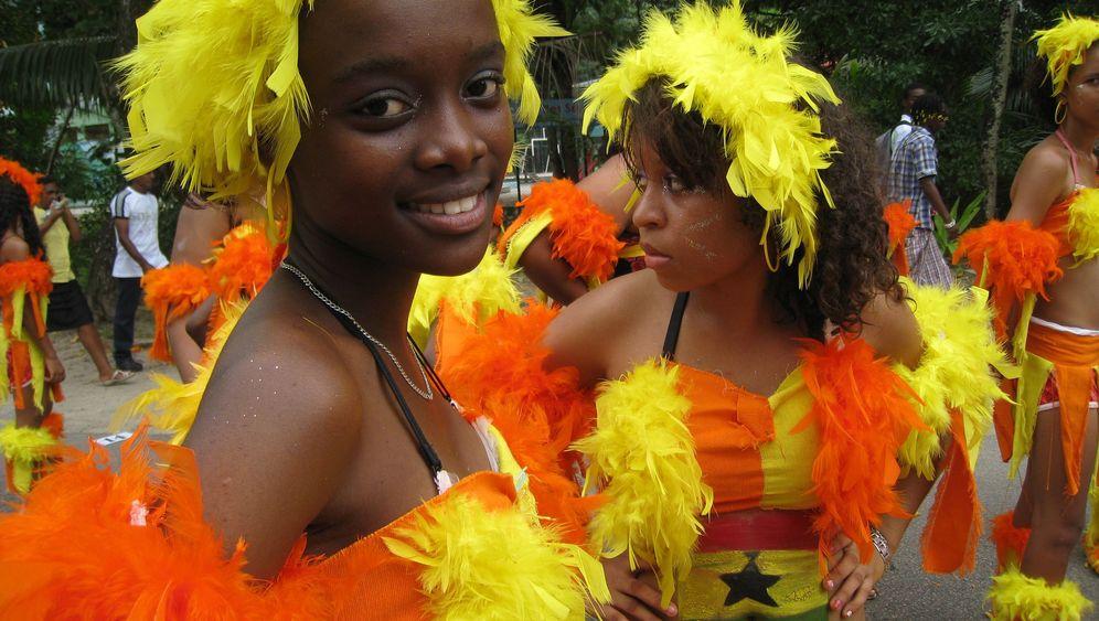 Seychellen: Trauminsel im Karnevalsrausch