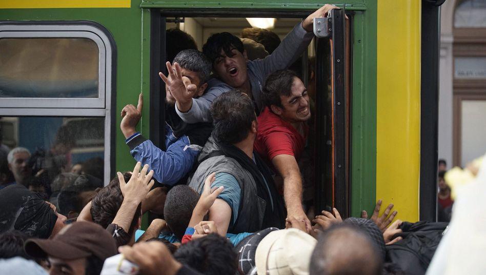 Flüchtlinge in Budapest: Orbán warnt seit Jahren vor dem Untergang des Abendlandes