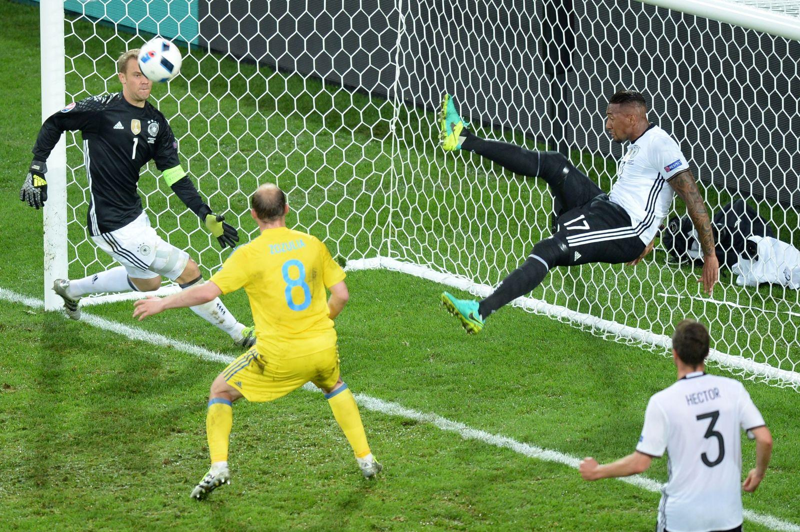 EM 2016 / Euro 2016 / Lille / Deutschland / Ukraine / top