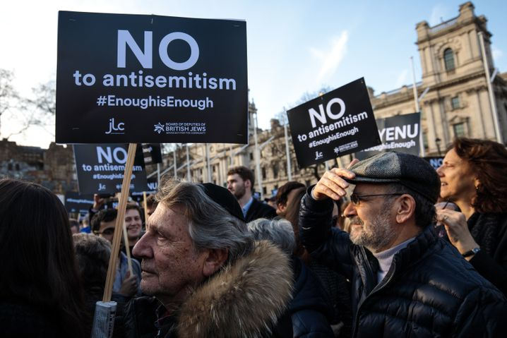 "Demonstranten in London (März 2018): ""Nein zu Antisemitismus"""