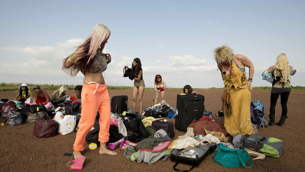 """""""Reality Queens auf Safari"""": Das Ende einer Stöckel-Spur"""