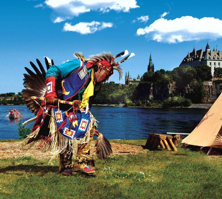 Pow Wow des Canadian Museum of History am Ufer des Ottawa River