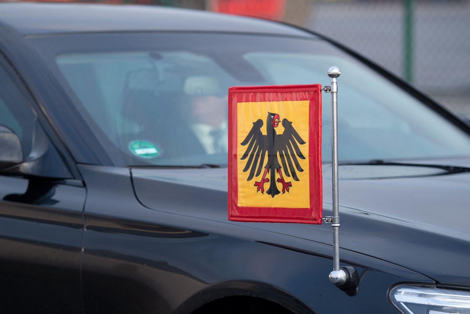 EINMALIGE VERWENDUNG Dinestwagen / Symbol