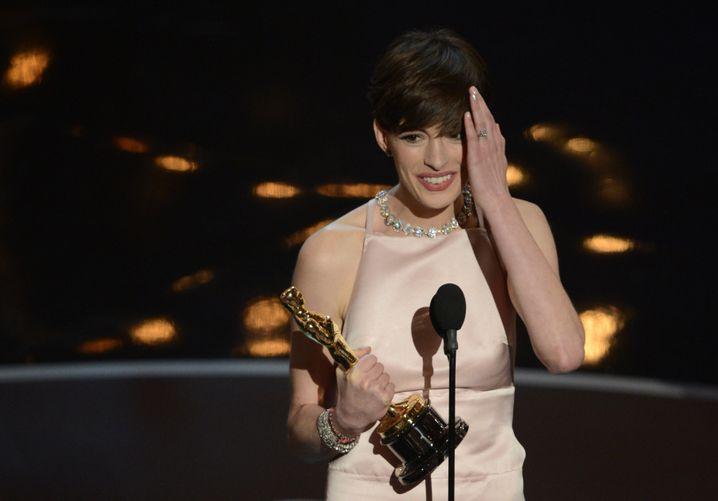 """Anne Hathaway: Auszeichnung als beste Nebendarstellerin für ihre Rolle in """"Les Misérables"""""""