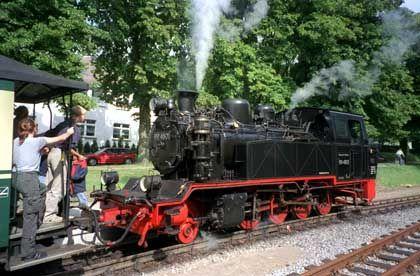 """Rügens """"Rasender Roland"""": Museumsbahn im Regelverkehr"""