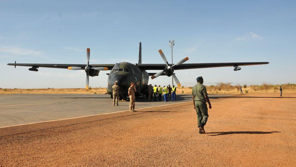 Transall-Maschine der Bundeswehr in Mali (Archivbild): Berlin plant Ausweitung der Afrika-Missionen