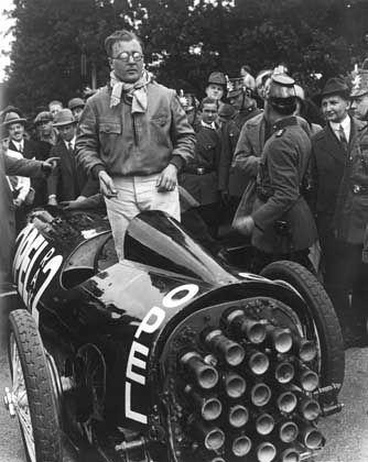 """Erfolgreicher Erfinder: """"Mit Fritz von Opel möchte im Raketenauto fahren"""""""