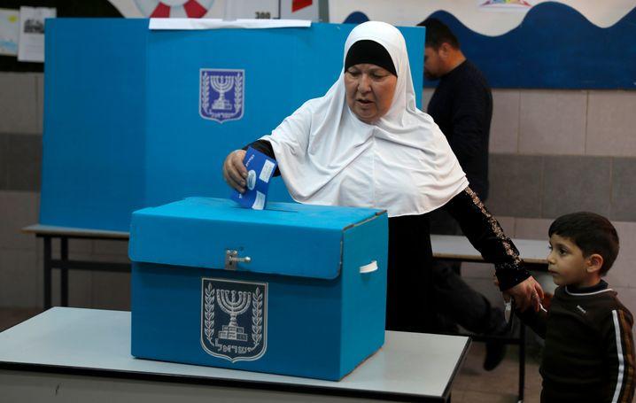 Arabische Wählerin in Israel