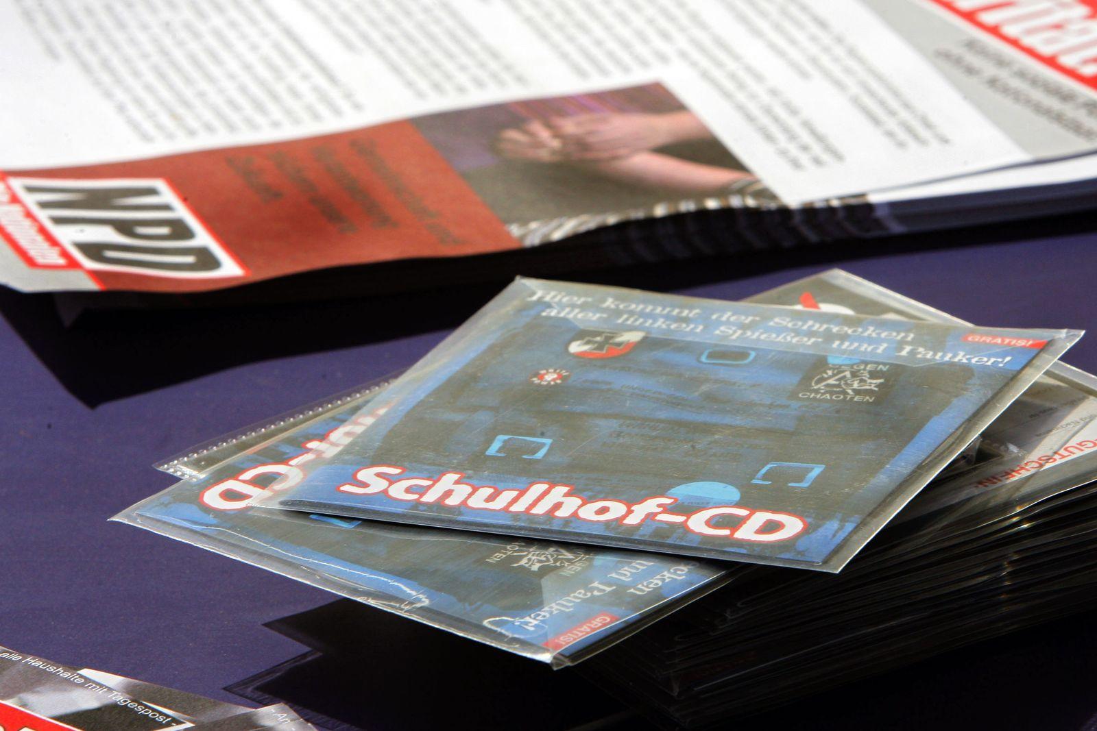 Schulhof-CD's / NPD