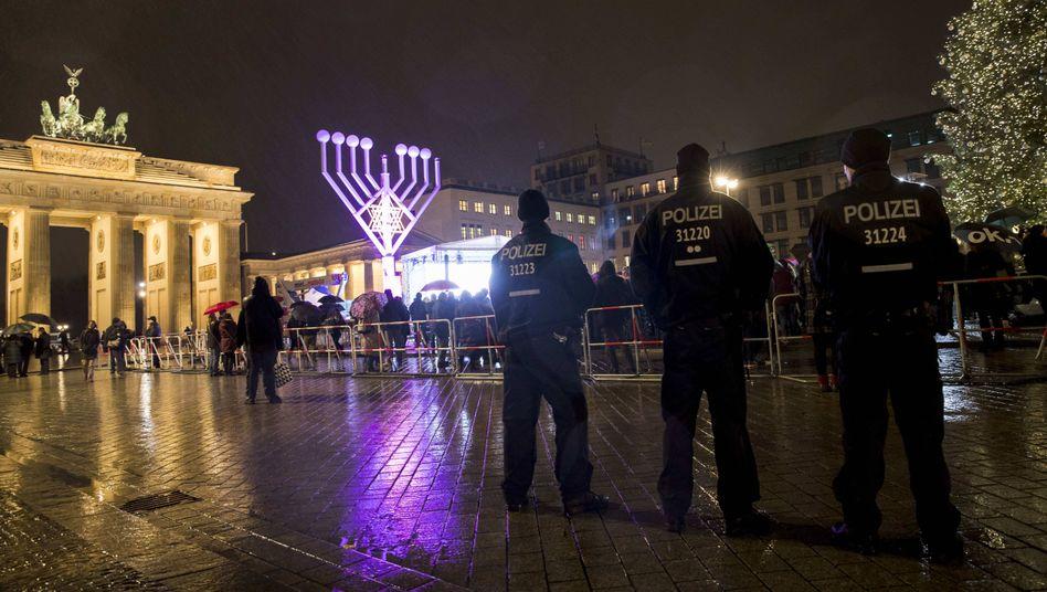 """Chanukkafest vor dem Brandenburger Tor: """"Es ist ein mulmiges Gefühl"""""""