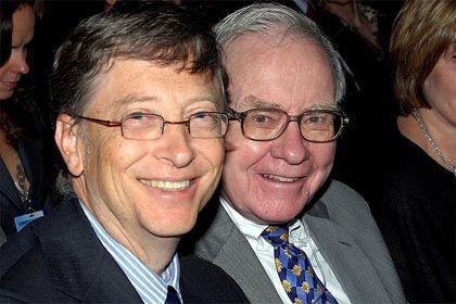 Bill Gates und Warren Buffett: Weltmeister im Geld verdienen - und spenden