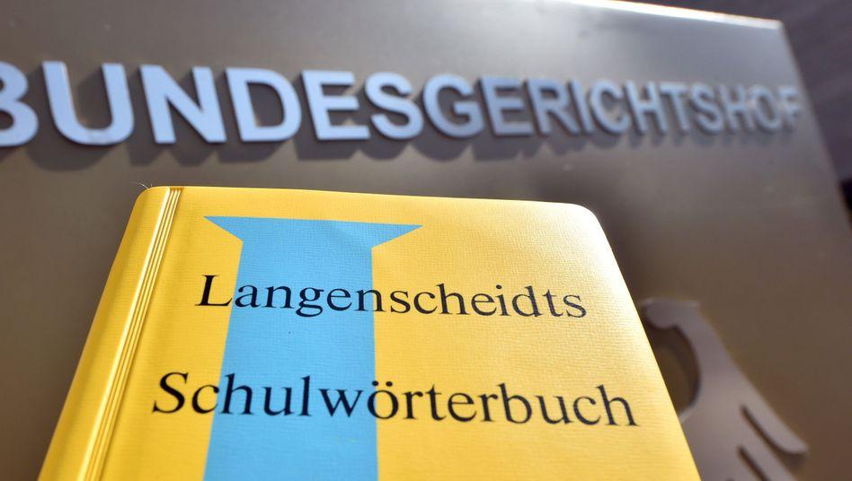 Langenscheidt-Wörterbuch vor BGH-Gebäude: Farbmarke bestätigt