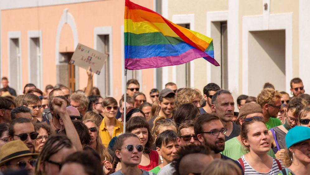 """Ostritzer Friedensfest: """"Rechts rockt nicht"""""""