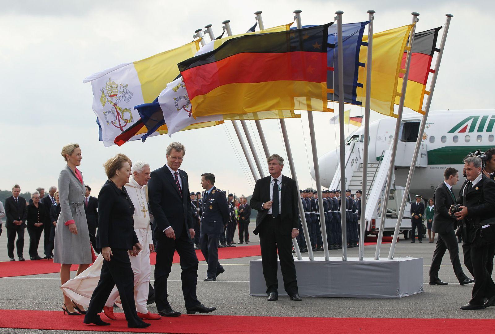 Pope Benedict XVI Visits Berlin
