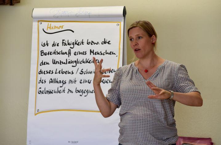 Seminarleiterin Hansmeier ruft zum Ausbruch aus altbekannten Mustern auf