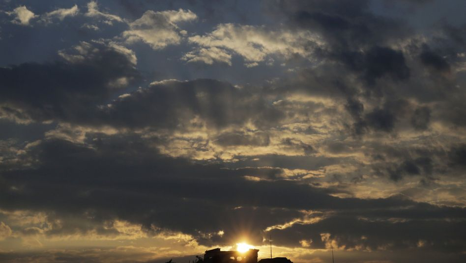 Sonnenuntergang über der Akropolis: Ausreichend Geld bis nächste Woche