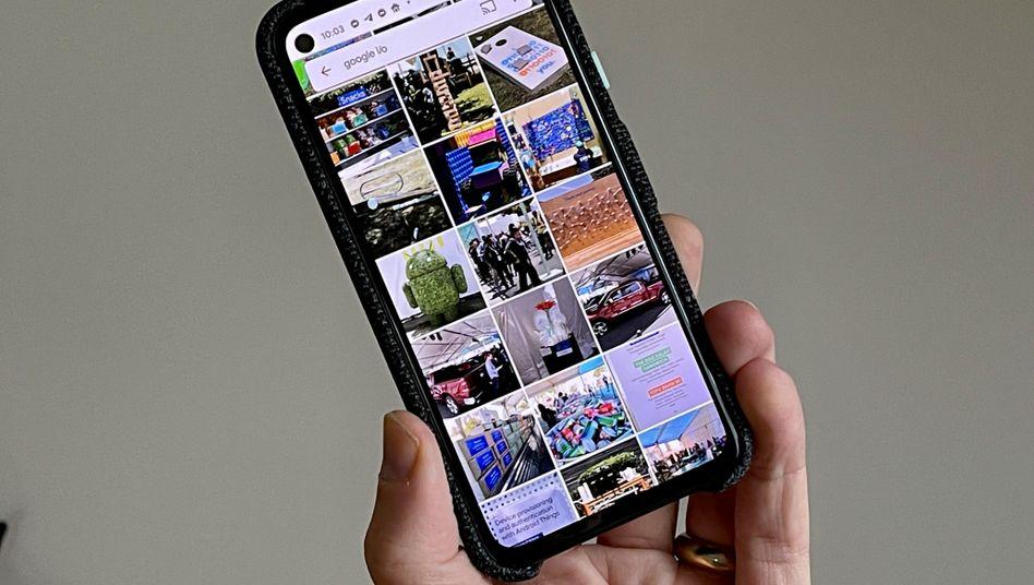 Nicht mehr lange mit Freifahrtschein: Google Fotos auf einem Pixel 4a