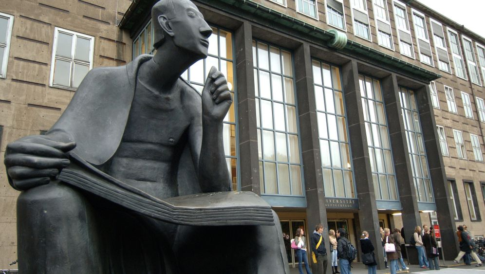 Anatomie-Skandal in Köln: Wartezimmer Leichensaal