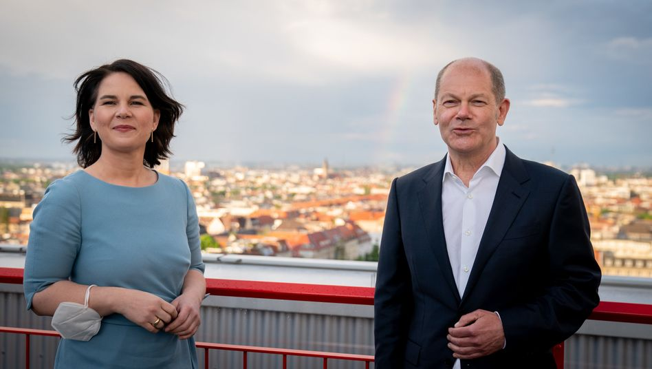 Kanzlerkandidaten Annalena Baerbock (Bündnis 90/Die Grünen), Olaf Scholz (SPD)