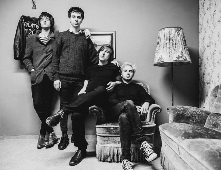 """Rockband Isolation Berlin: """"Wir haben kein Konzept, Konzepte schränken ein"""""""