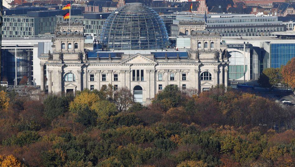 """Reichstagsgebäude in Berlin: """"Zahlreiche Verstöße gegen das Gebot der Wirtschaftlichkeit"""""""