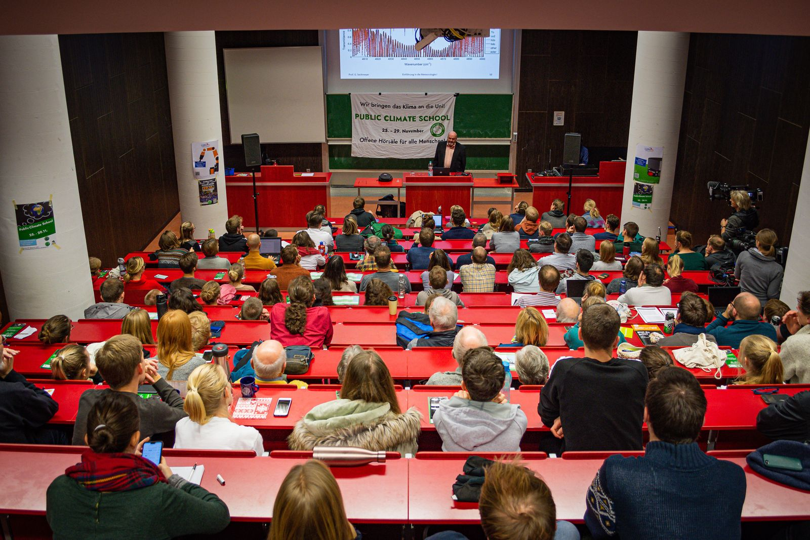 EINMALIGE VERWENDUNG Students for Future/ Hannover