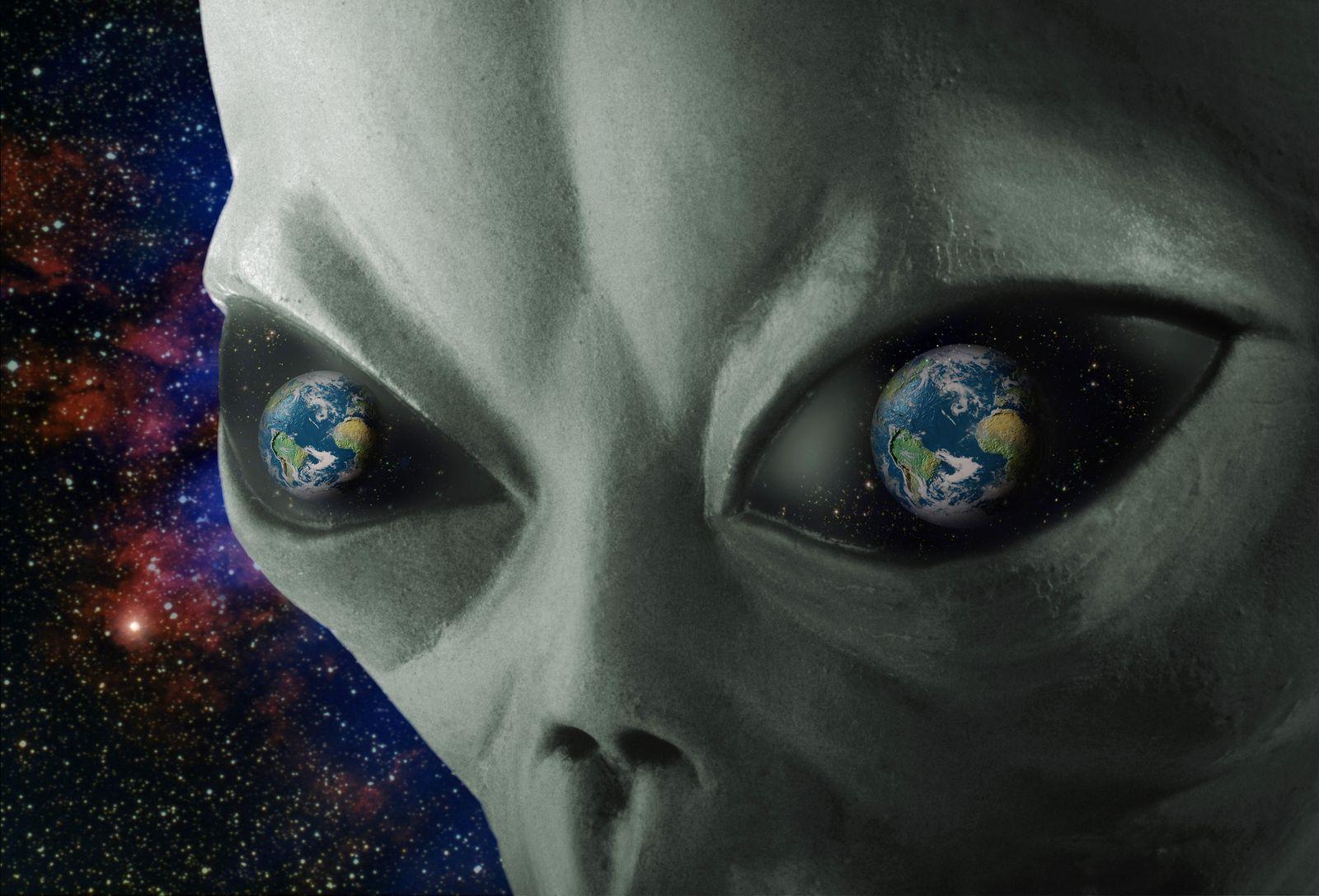 NICHT MEHR VERWENDEN! - Alien / Erde / Ausserirdischer
