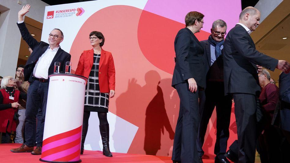 SPD-Sieger Norbert Walter-Borjans und Saskia Esken, Verlierer Geywitz und Scholz: Die Gewinner haben von der Unzufriedenheit mit der GroKo profitiert