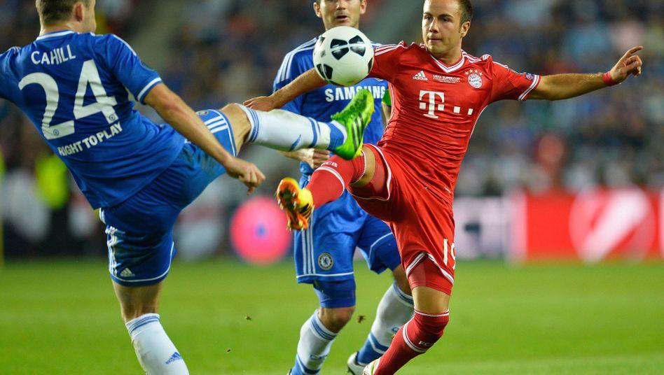 Bayern-Star Götze: Verletzt aus Prag zurück