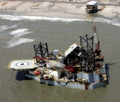 """""""Katrina""""-Schaden an Ölindustrie: Neue Sturmwarnung lässt Barrel-Preis steigen"""