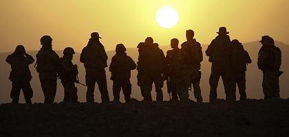 Deutsche Soldaten in Afghanistan: Miese Stimmung an der Heimatfront?