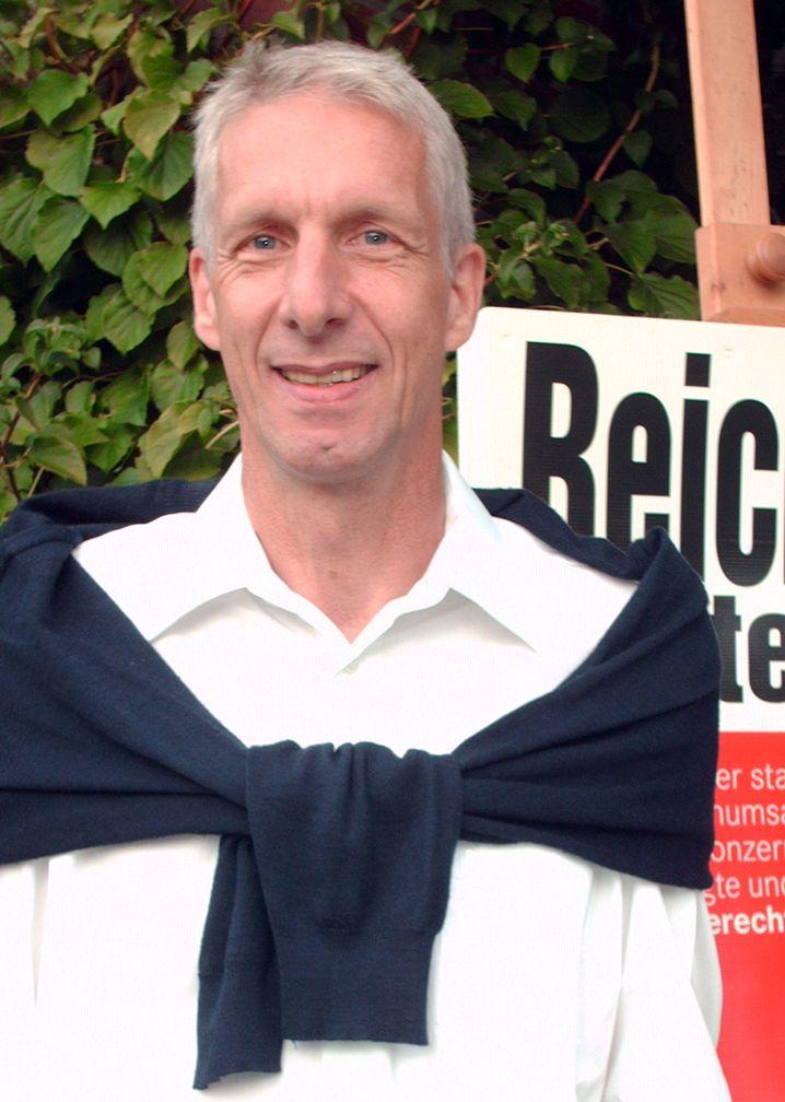 Herbert Behrens, geboren 1954, ist gelernter Schriftsetzer und studierter Gewerkschaftssekretär. Für die Linke sitzt er erstmals im Bundestag