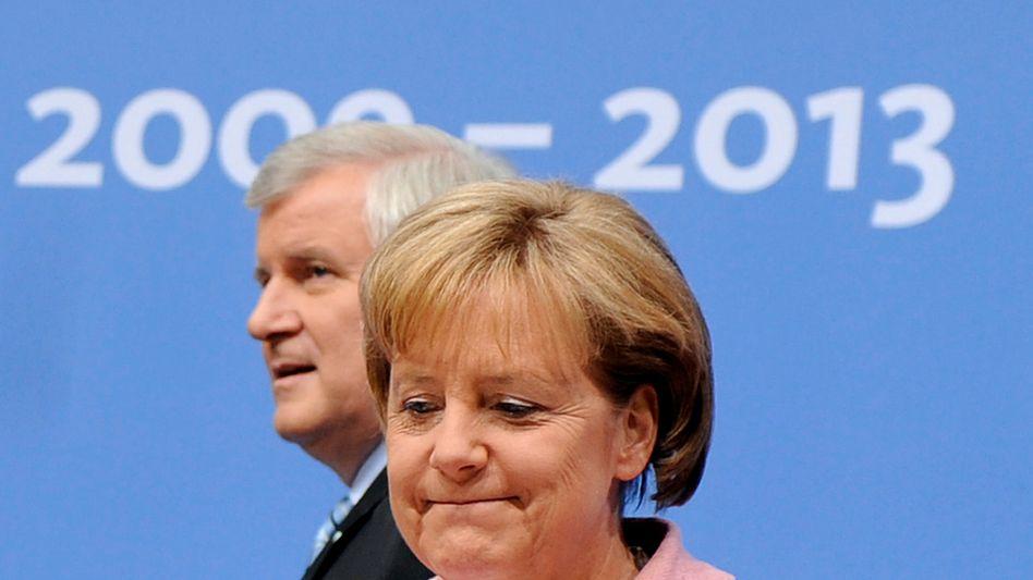 CDU-Chefin und Kanzlerin Merkel, CSU-Chef Seehofer: Immer wieder Sticheleien