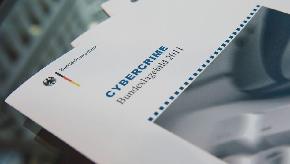 """BKA-Bericht """"Cybercrime 2011"""": Weniger Fälle, mehr Schaden"""