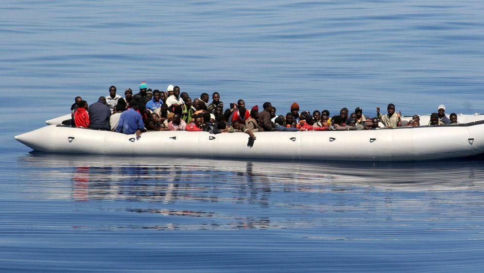 Photo Gallery: Mediterranean Refugee Crisis