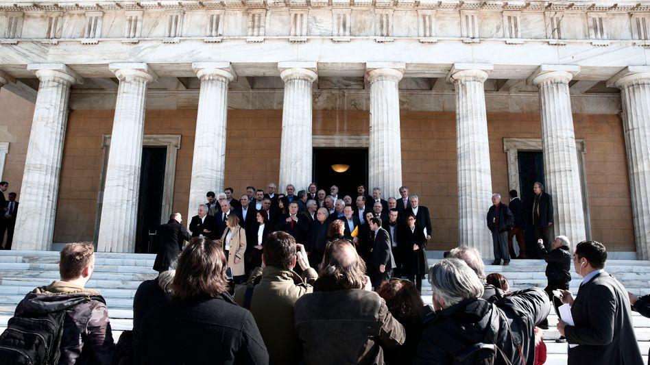 Das neue griechische Parlament: Russland als zweite Option