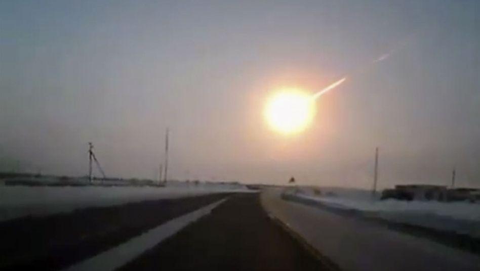 Feuerball über Tscheljabinsk am 15. Februar 2013: Produkt einer Kollision