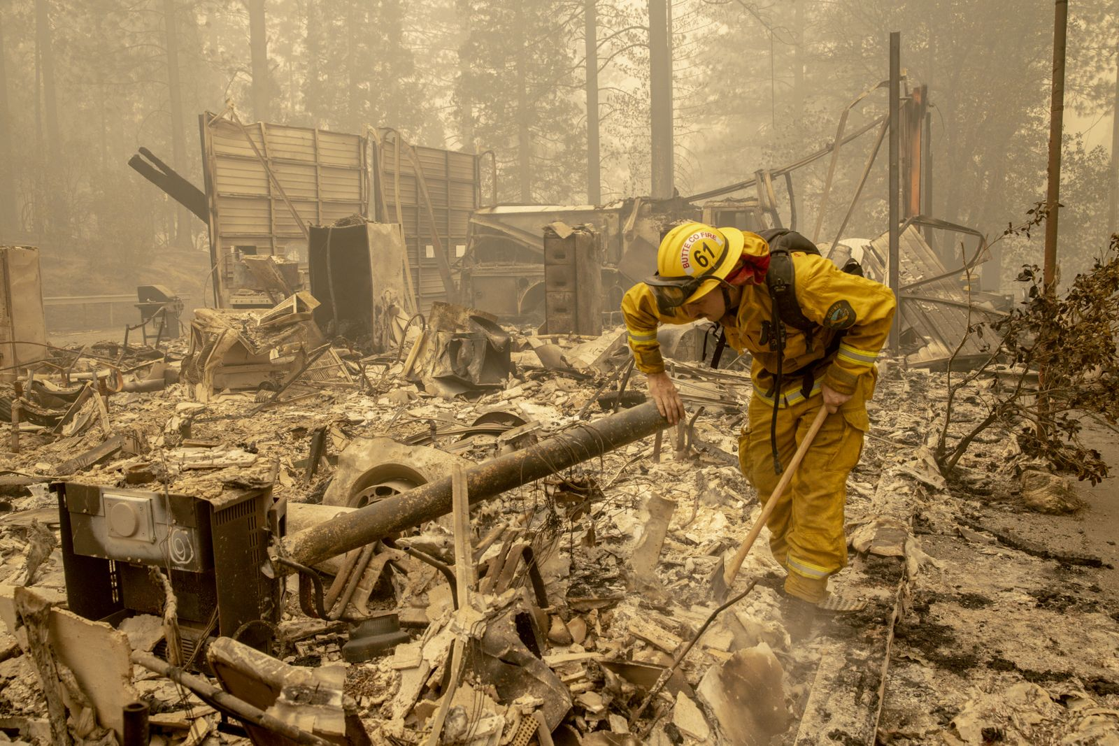 Bear Fire in California, Berry Creek, USA - 12 Sep 2020