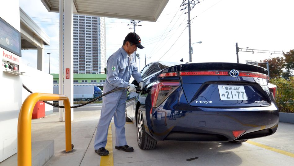 Vorrang für Elektroantrieb: Japans Autoindustrie beschließt Aus für Verbrennungsmotor