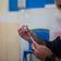 Covid-Impfstoff von Biontech schützt möglicherweise auch vor Ansteckung