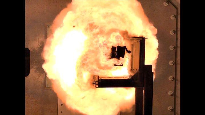 Strom statt Sprengstoff: Testschüsse mit der Railgun
