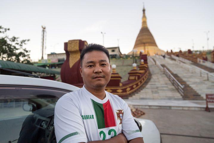 """Taxifahrer Ye Kyaw Thu, 32, mag die Hauptstadt: """"Es gibt nie Stau."""""""