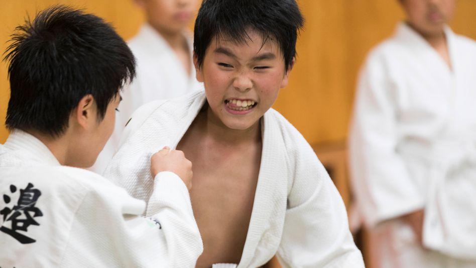 Judotraining in einem Dojo in Japan (Symbolbild)