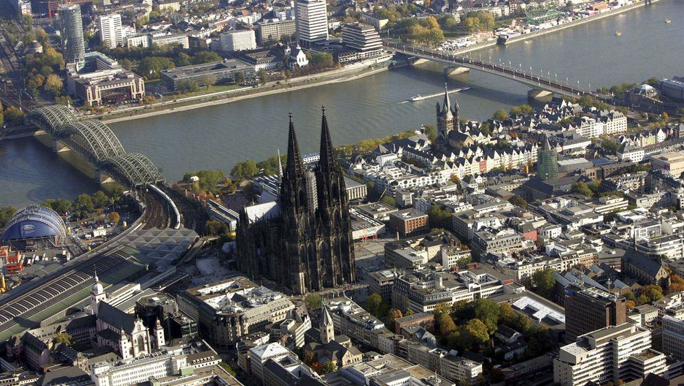 Köln ohne Karneval: Großspurige Stadt, fiese Kontrolleuren